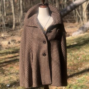 Vintage Steve Madden wool blend cape. EUC